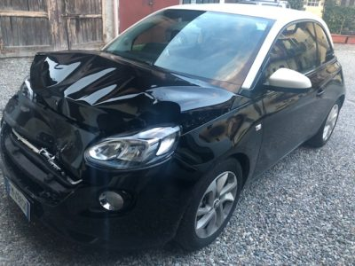 Macchina Incidentata Opel Adam Lombardia
