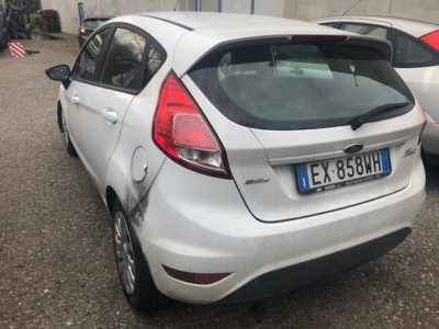 Auto Incidentata Ford Fiesta Veneto