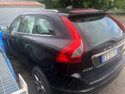 Volvo XC60 Incidentata