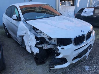 BMW X4 Incidentata
