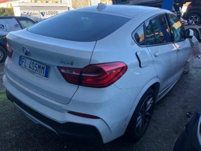 BMW X4 Incidentata