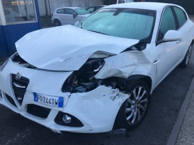 Alfa Romeo Giulietta 1.6 jtd Incidentata